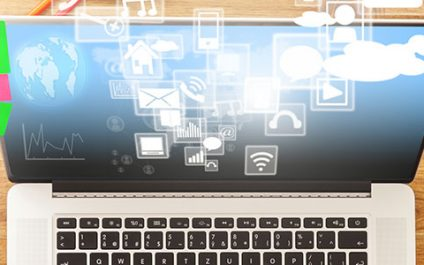 How do hosted desktops simplify small businesses' IT?